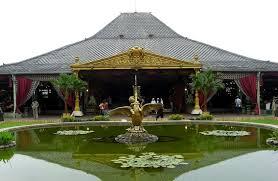 surakarta palace tours