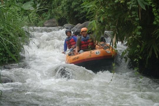 banyuwangi rafting adventure