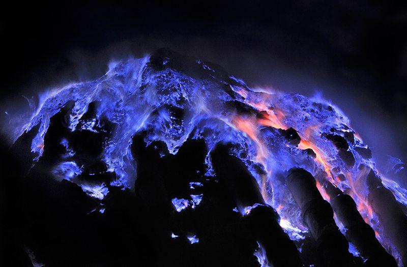 blue fire ijen banyuwangi