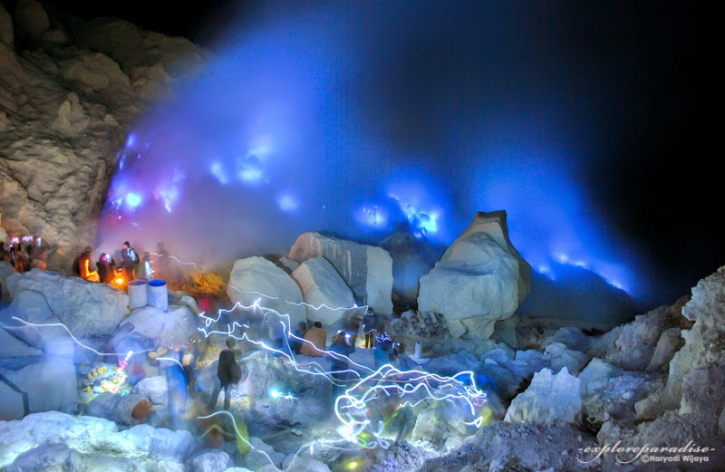 blue fire ijen tours, blue flame ijen tours