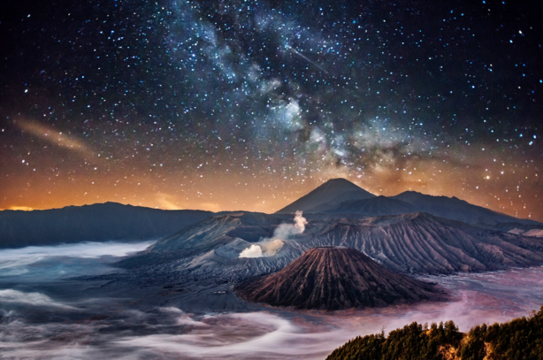 milky way bromo tour night