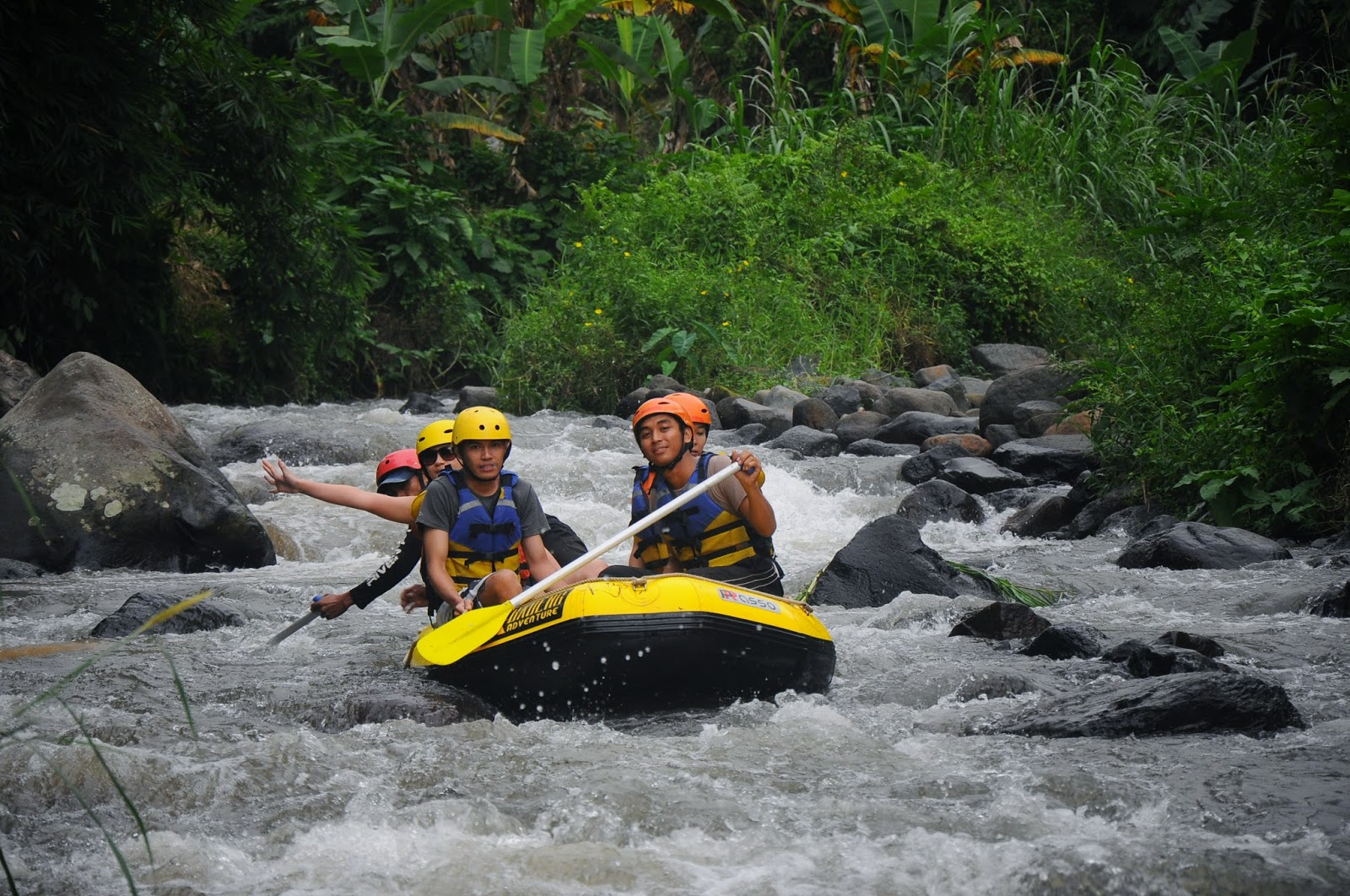 banyuwangi karo rafting tours