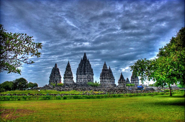 prambanan temple tours