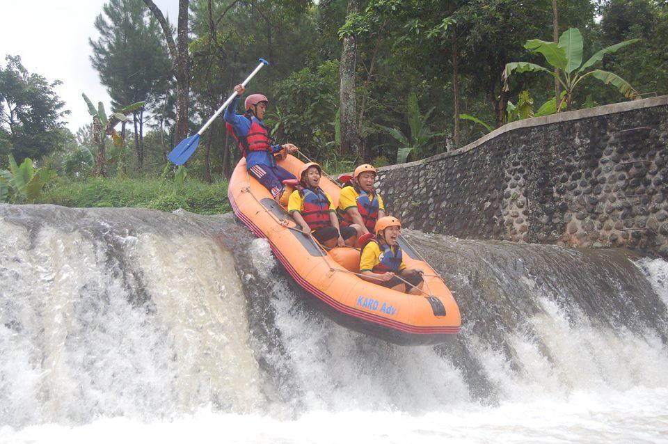 karo rafting tours songgon banyuwangi