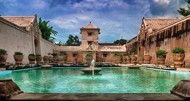 water castle yogya