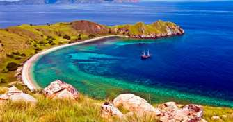 Bali to Labuhan Bajo Airport for Rinca Island & Komodo Tours for 3 days tour package with best tour
