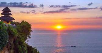 Full day Bali tours to visit Taman Ayun temple, Alas Kedaton, Tanah Lot temple , Dreamland beach & U