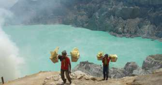 Borneo orangutan tours to Bromo Ijen Expedition 5 days package via Ketapang ferry port Banyuwangi, E
