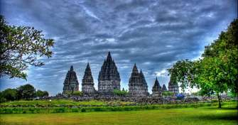 Java overland trip to enjoy Borobudur Prambanan Temple Tour & take a train to Surabaya for Bromo Ije