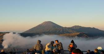 4 days of Java to Bali holidays for Borobudur sunrise tours then take a train for Bromo Ijen tours t