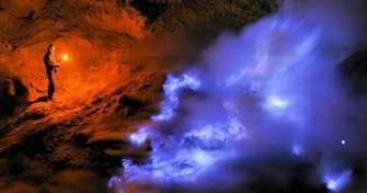 Group trip from Bali to Ijen blue fire tour - back to Bali 2D