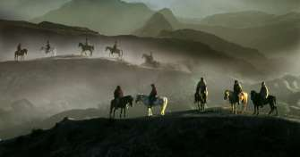 Enjoy Bromo sunrise from Malang or Surabaya to Bromo Tours in East Java & continue to Yogyakarta by