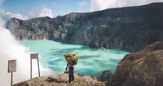 3 days trip from Malang or Surabaya to Bromo sunrise tours, Ijen crater tours with blue fire tour an