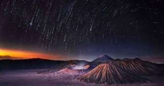 Night trip from Surabaya to Bromo Ijen tours Bali 3D