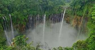 Surabaya to Bromo sunrise tours, enjoy Tumpak Sewu waterfall tours, Ijen blue fire tours & back to S