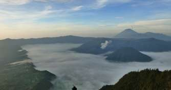 Full day tour visiting Mount Bromo from Probolinggo Port & specialist for passanger cruise ship