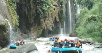Surabaya to enjoy Batu Paragliding, Bromo Sunrise Tour, Water Rafting Songa, Ijen Blue Fire Tours th