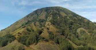 Surabaya to enjoy Batu Paragliding, Bromo Sunrise Tour, Water Rafting Songa, Ijen Blue Fire Tours th