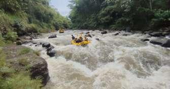 Paragliding to Bromo-Rafting & Ijen Tours-Bali 4D