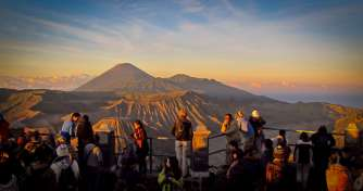 From Surabaya for Bromo Sunrise Tours, Ijen Crater Tours and Tanjung Papuma Beach Tours & back to Su