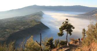 Bromo Ijen tour package for Blue Fire Ijen tour, Bromo tour & to Surabaya to take a a train to Yogya