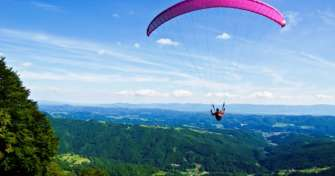 Java eco trip & adventure tour package for Paragliding Batu, Agro tourism trip in Batu, Bromo tour t