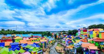 Colorful house Malang to Bromo Sukamade Ijen tours 4D