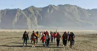 Special trip from Yogya to Surabaya by plane & drive for Bromo Tours-Ijen Crater Tours then to Bali