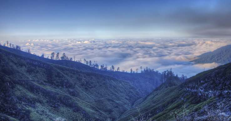 Bali to Ijen Crater Tours–Banyuwangi in East Java 2D