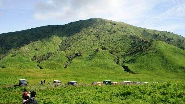 Tours to Bromo Baluran & Ijen crater - Surabaya 5D